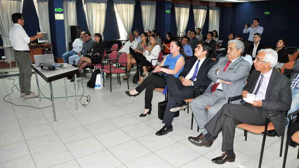 Consorcios conocen sobre proyecto Yachay